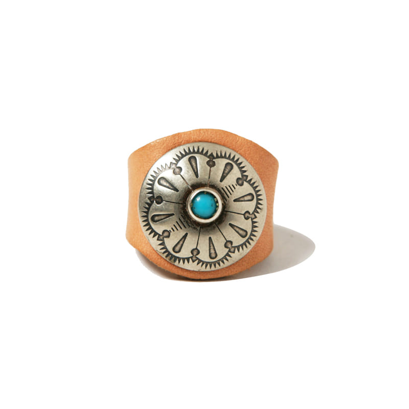 LEATHER RING W CONCHO - TAN