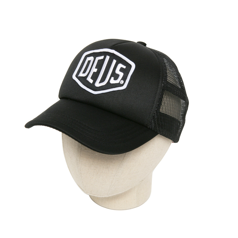 BAYLANDS TRUCKER CAP - BLACK/WHITE