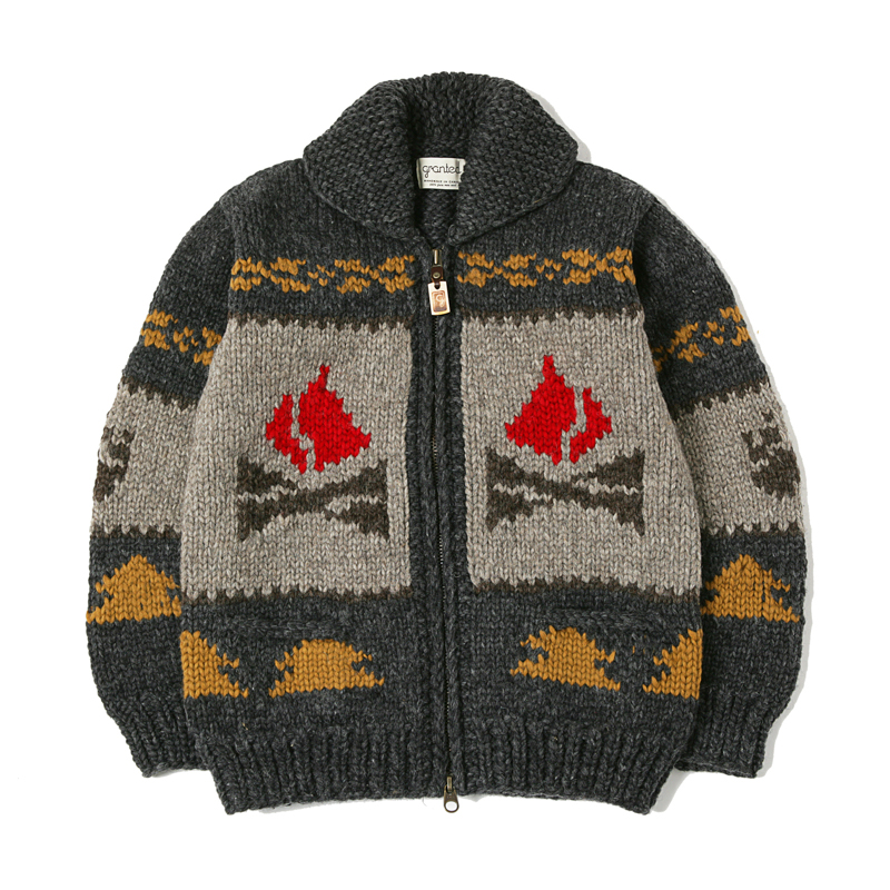 CANADIAN SWEATER - CAMPFIRE BEAR