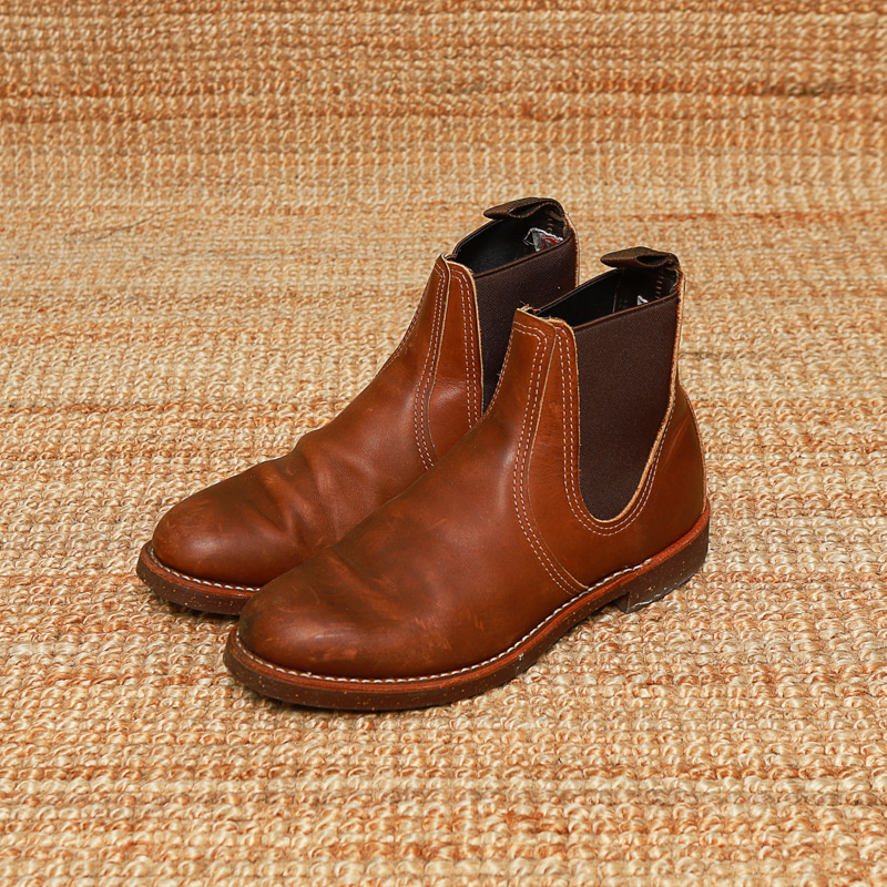 REDWING CHELSEA BOOTS